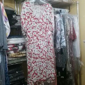 Be Stage Dresses - Floral V neck Dress